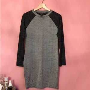 Casual dress from Topshop. Never worn.